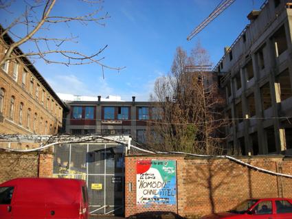 http://www.frauenwohnprojekt.info/media/galerie/2007/kabelwerk/kulturhof.jpg