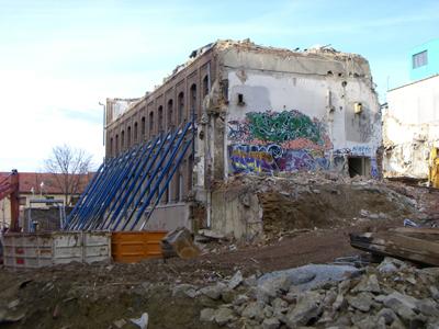 http://www.frauenwohnprojekt.info/media/galerie/2008/abriss/Bauplatz4.jpg